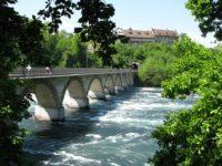 Мост через Рейн у Рейнского водопада. Шаффхаузен. Автор Rain Drop / pixabay.com