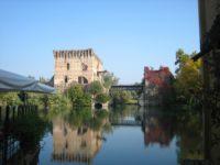Замок в Локарно. Тичино. Автор David Mark / pixabay.com