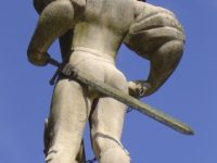 Памятник в Люцерне. Автор Francesc Sala  / pixabay.com