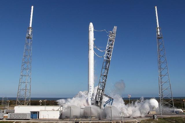 Space X старт
