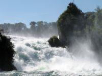 Рейнский водопад. Кантон Шаффхаузен.  Автор Engel62  / pixabay.com