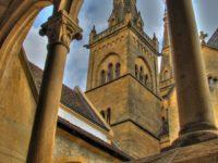 Церковь. Невшатель. Автор David Mark / pixabay.com